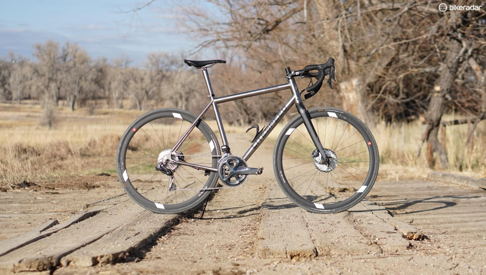 The new Litespeed Cherohala SE mixes endurance geometry with gravel-friendly clearance