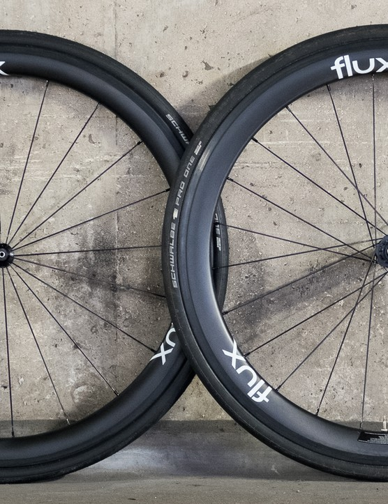 Flux recently sent us through its brand new budget carbon hoops