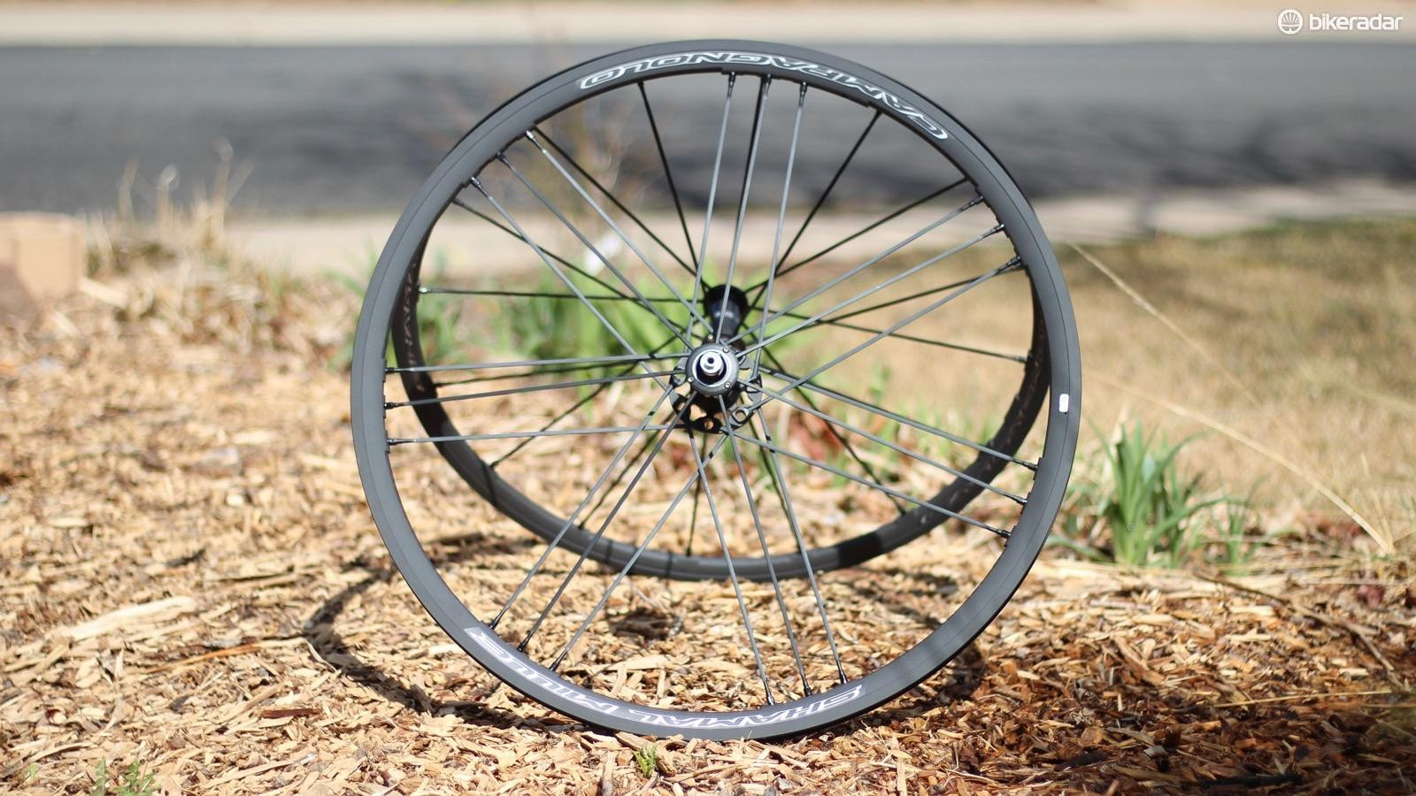 The Campagnolo Shamal Mille is a lightweight (1,490g) alloy clincher