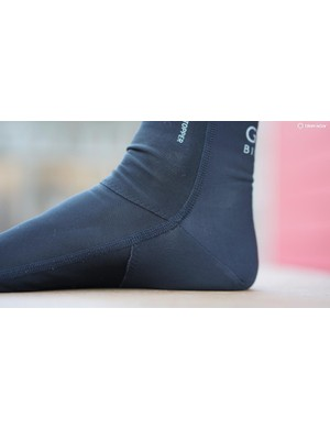 You can feel the lower seam under the heel when first pulling on the thin sock, but they are generally comfortable and effective at keeping the chill out