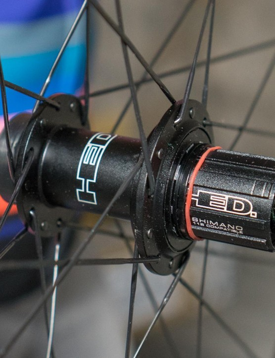 They're compatible with Shimano, SRAM and Campagnolo hubs