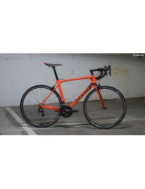 The Giant TCR Advanced 2 is an affordable way to lay your hands on a pretty serious race frame