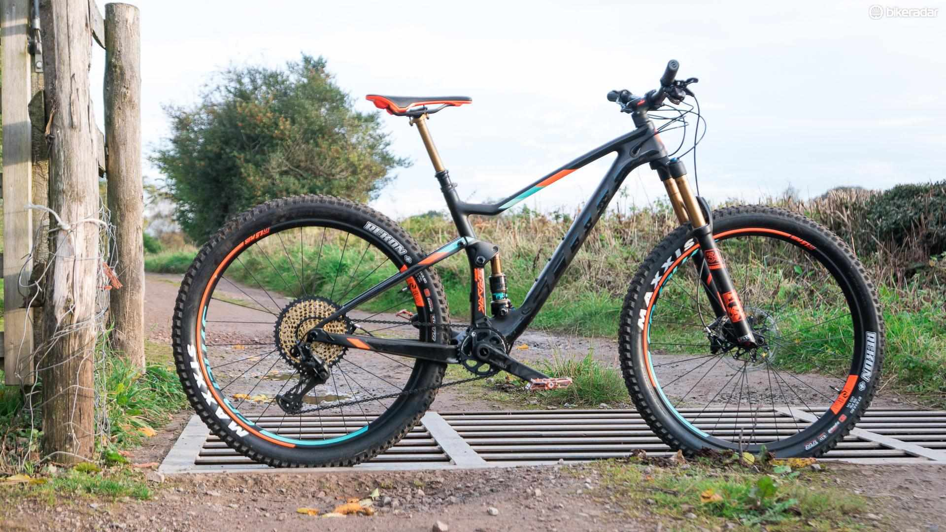 Scott's new Spark Plus is built from the ground up to suit the fat tyres