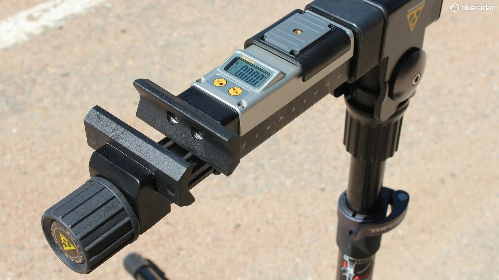 The Prepstand Pro has an integrated digital scale for weighing parts and bikes alike