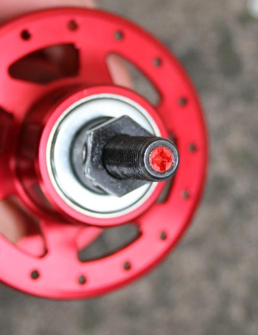 SRAM Torpedo hub - screw for fixed or freewheel