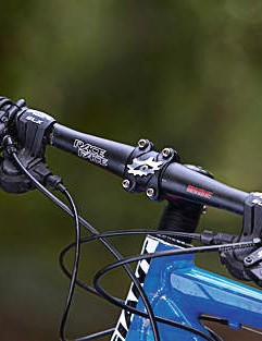 Purist racers will love the 23in flat bars, but spring brings wider risers for techy terrain