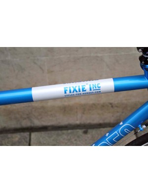 Fixie Inc top tube detailing