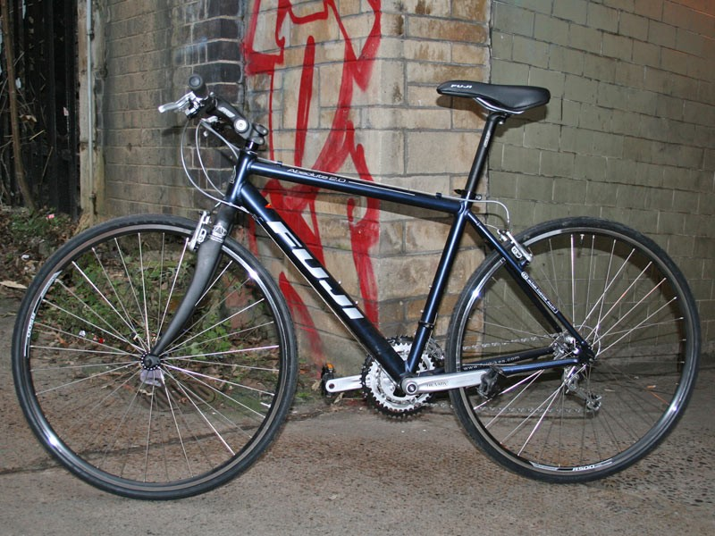 The Fuji Absolute 2.0 feels at home in the grime of the city