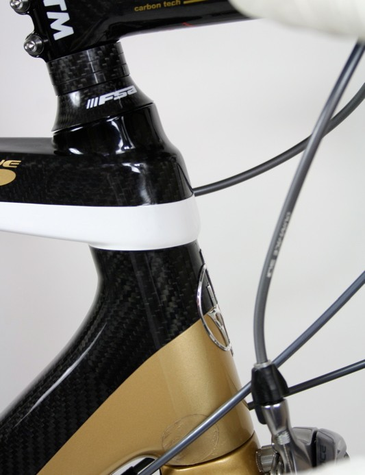 The oversized top and down tubes join the head tube in large reinforced joints