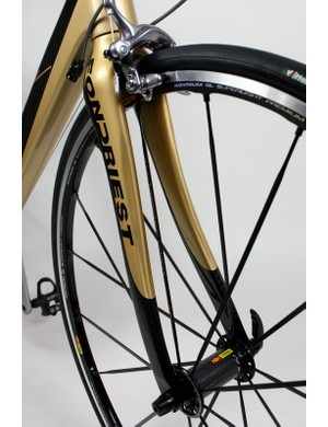 The TF2's full-carbon fork has a more organic shape than the square tube profiles of the frame