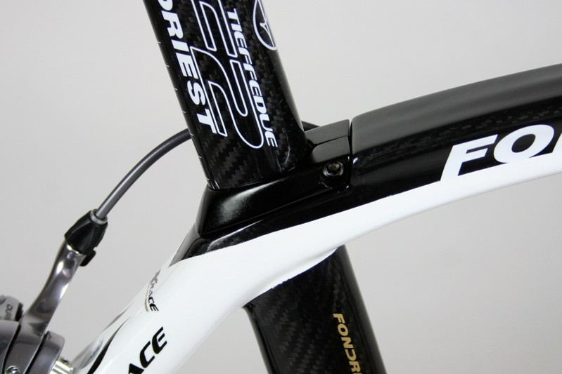 The TF2 has its own seat clamp that hugs the lines of the top tube to give that integrated apperance