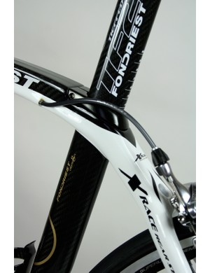 Like many frames with curved top tubes the TF2 routes its rear brake cable internally to keep it out of harm's way