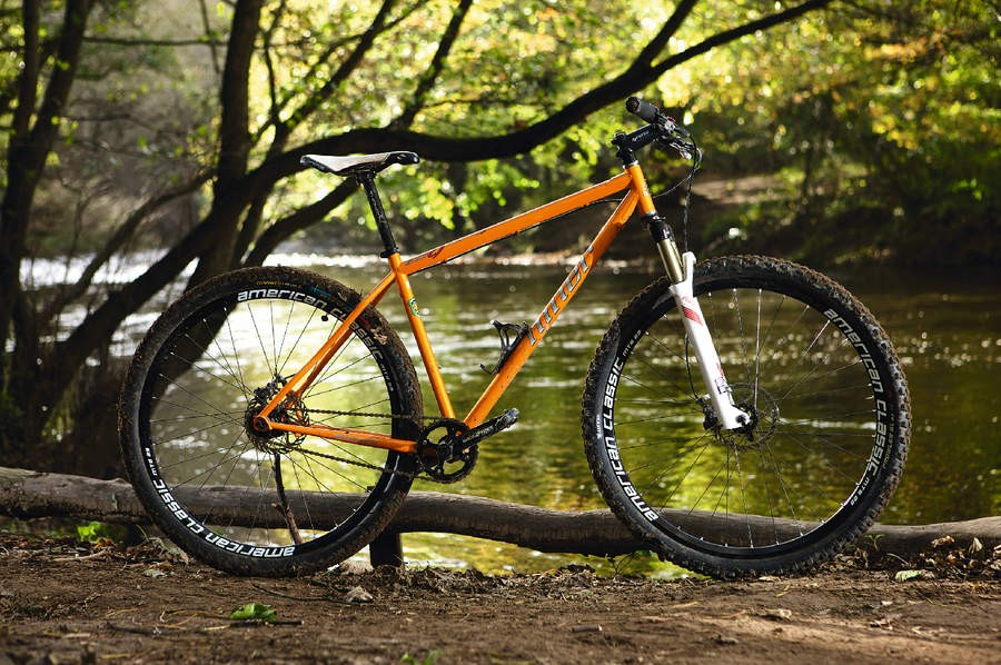 005177d8bd6 Niner has harnessed all the advantages of the 29er in the sweet steel of  the S.I.R.