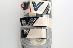 Broad straps throughout distribute pressure evenly across the top of the foot