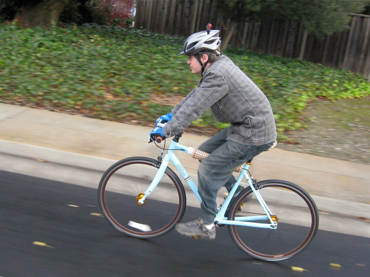 Our guest blogger, enjoying a post-Christmas fixie ride with friends in Mountain View, California.