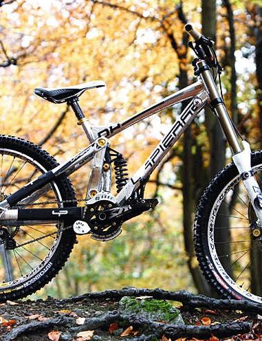 Clean lines give this bike a certain je ne sais quoi