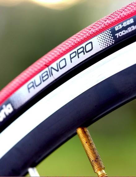 Vittoria's Rubino Pro on Shimano WH-R500 Wheelset
