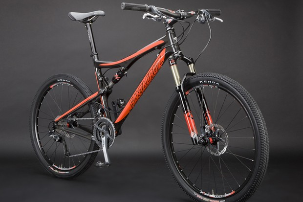 Santa Cruz debuts its first carbon frame with the new Blur XC.