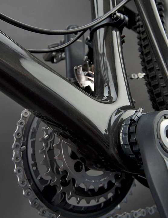 Carbon construction makes the frame substantially lighter than before but also supposedly much stiffer thanks in part to generous helpings of material.