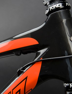 The well-reinforced head tube presumably improves front end rigidity for more precise handling.