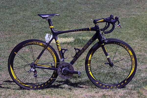 Lance Armstrong's Trek Madone 6.9 Livestrong