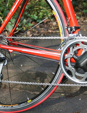 Shimano 105 groupset on this model