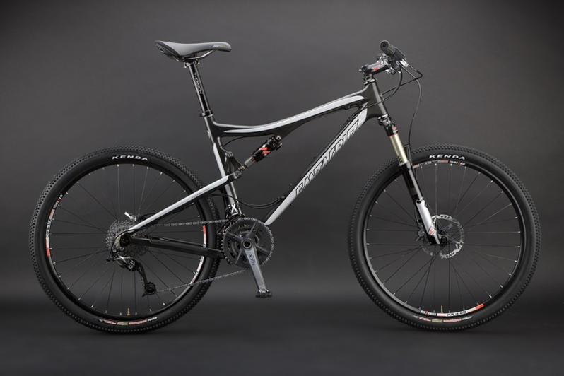 The 2009 Santa Cruz carbon Blur XC, available in March.