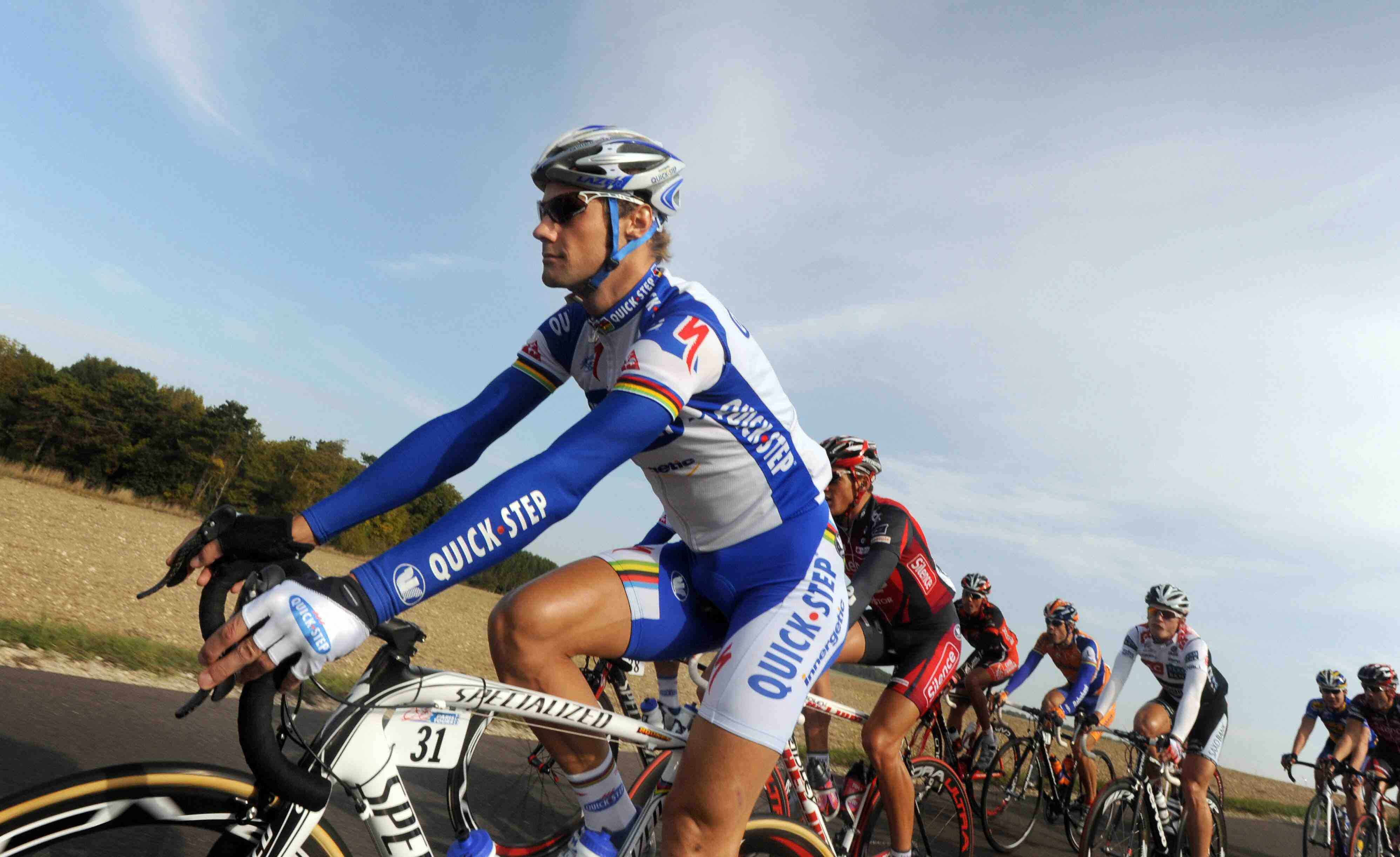 Belgian Tom Boonen rides in the pack during the Paris-Tours cycling race on October 12, 2008 between Paris and Tours.