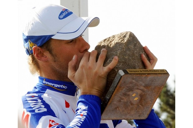 Belgium's Tom Boonen kisses his trophy after winning the 106th edition of Paris-Roubaix between Compiegne and Roubaix, on April 13, 2008 in Roubaix, northern France.