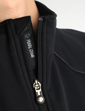A full-length wind flap keeps cold drafts at bay and the zipper garage tucks the cold metal pull away from your chin