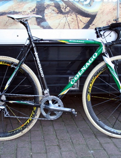Sven Nys (Landbouwkrediet-Tonnisteiner) still gets to use his custom-made Colnago C50 Cross bikes despite changing teams last year