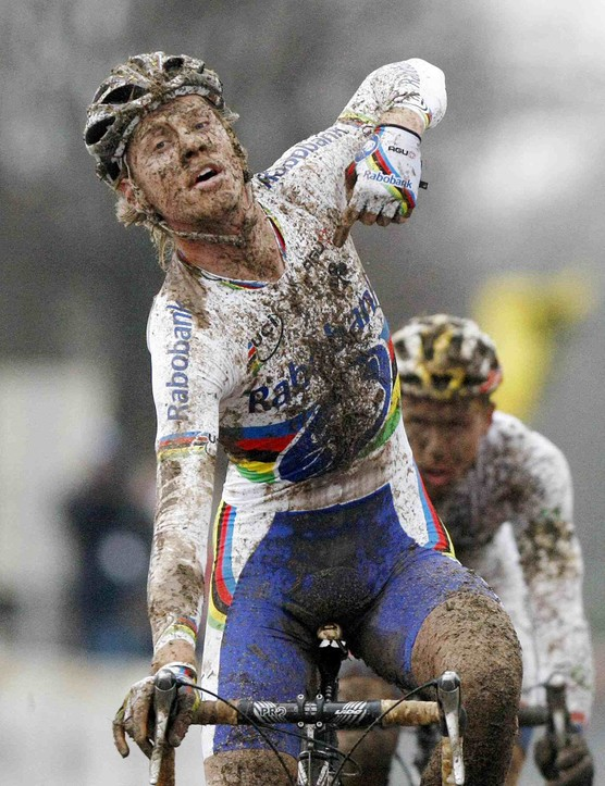 Dutch world champion Lars Boom celebrates as he wins the men's UCI World Cup cyclocross race in Nommay, France, on December 21, 2008.