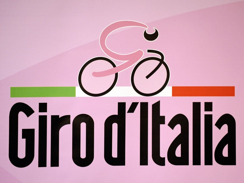 The 2009 Giro d'Italia takes place on 9-31 May.