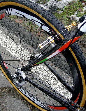 FSA RD-488 carbon wheels cut through the thick mud