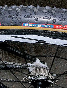 Fontana favours Challenge Grifo 32 tubulars in wet conditions because of their extra cornering grip