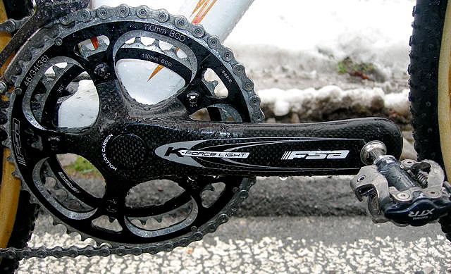 Fontana's FSA K-Force Light cranks are fitted with 46/36T chainrings