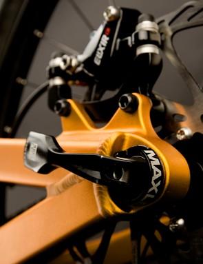 The 150x12mm thru-axle rear end employ RockShox's handy Maxle system.