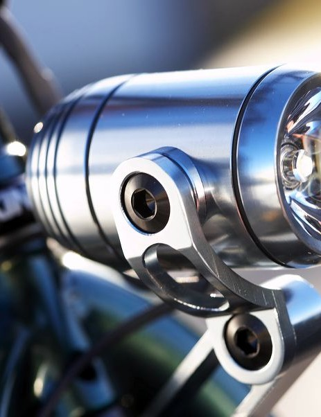 Dynamo powered sleek front light