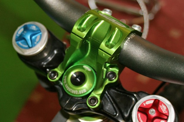 Hope hinge stem