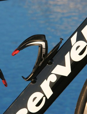 According to Cervélo, its modified airfoil tube profiles are optimised for the lower speeds encountered on a bicycle instead of on an aeroplane