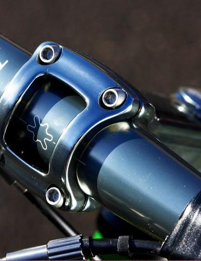 Kona alloy bar and stem