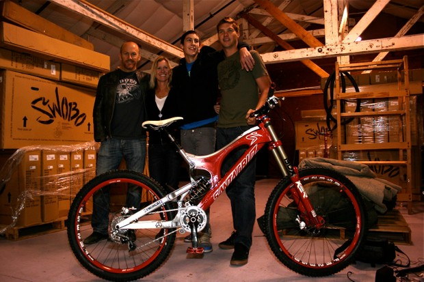 Santa Cruz Bicycles owner Rob Roskopp, Syndicate team manager Kathy Sessler, riders Josh Bryceland and Greg Minnaar in Santa Cruz, CA mid January 2009.