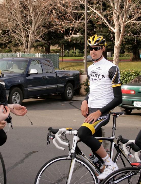 Team director Axel Merckx gives the team a pre-ride pep talk in Santa Rosa, CA February 4, 2009.