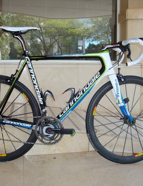 The Liquigas team will race new prototype Cannondale SuperSix Hi-Mod frames  for the 2009 season.
