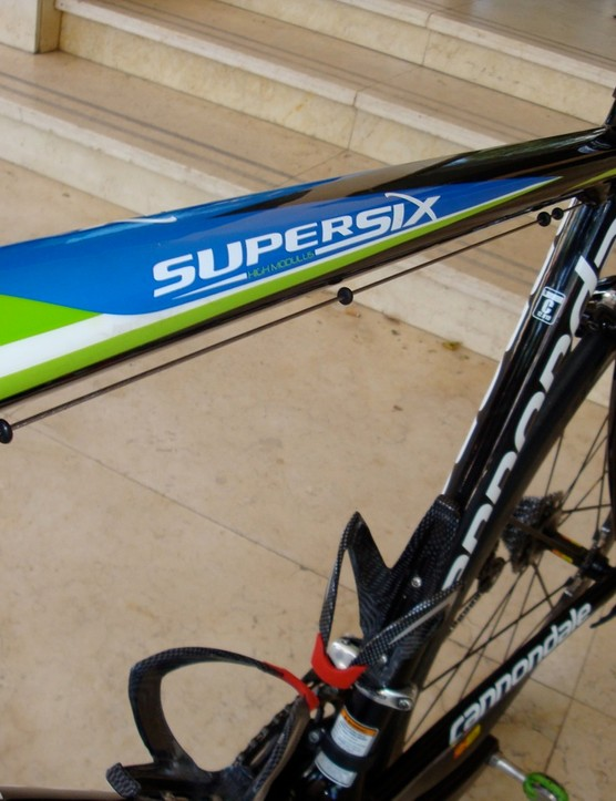 The top tube of Basso's bike says 'SuperSix High Modulus' but this is no standard SuperSix Hi-Mod.