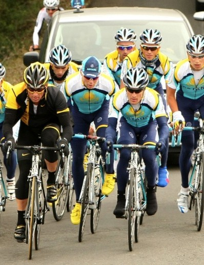 Chris Horner (C - yellow shoes) trains with Astana teammates Lance Armstrong (L) and Levi Leipheimer (R) in Sonoma County, CA February 4, 2009.