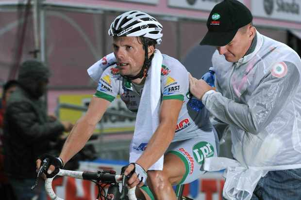 2007 Giro d'Italia winner Danilo Di Luca may not be able to race his country's Grand Tour this year.