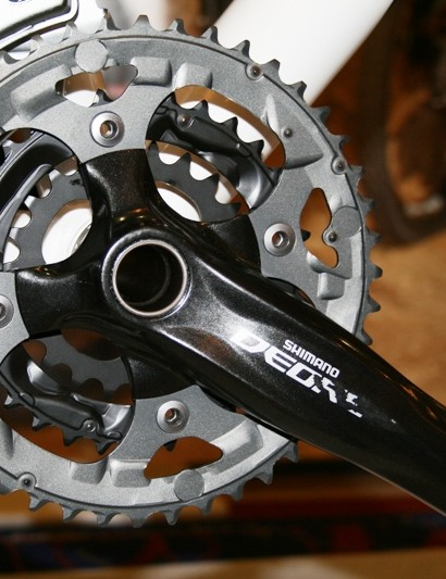 The Deore chainset weighs just 973g thanks to its alloy outer ring