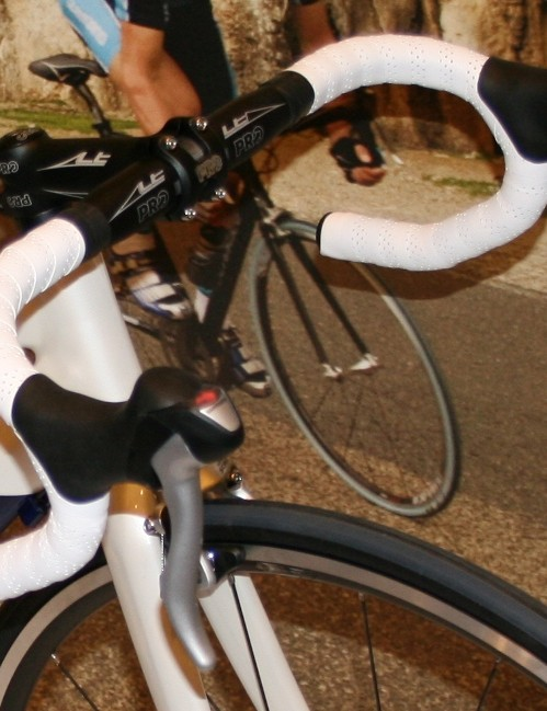 The Sora-style levers are designed for riders who spend most of their time on the hoods