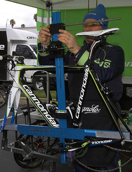 Liquigas isn't content to simply use basic measurement tools in setting up its bikes.  This custom jig provides rock-solid measurements for more reliably accurate setups.